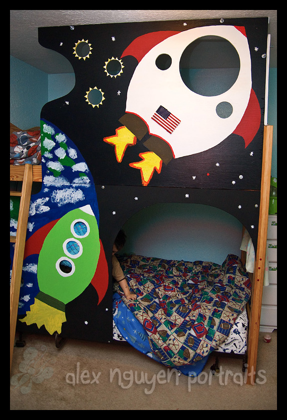 Rocket ship bed alex nguyen portraits the blog for Childrens rocket bed
